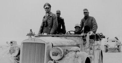 Rommel al frente de la 15 Divisi�n Panzer