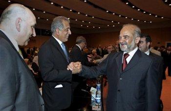 Yafari y Khalilzad vuelven a ser amigos. Foto: AP