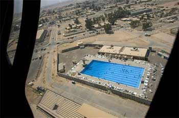La piscina de la base de Balad