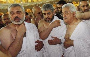 Los líderes palestinos rezan en La Meca