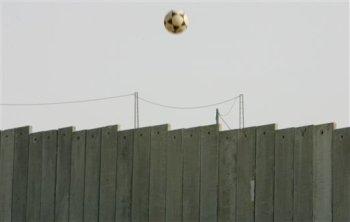 ¿A qué lado caerá el balón?