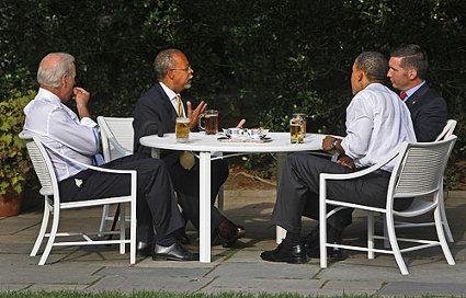 obama gates.jpg