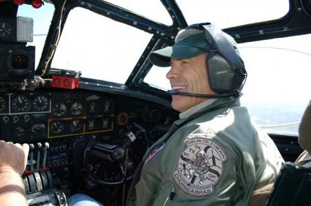 perry piloto.jpg