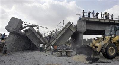 Israel empieza con los puentes