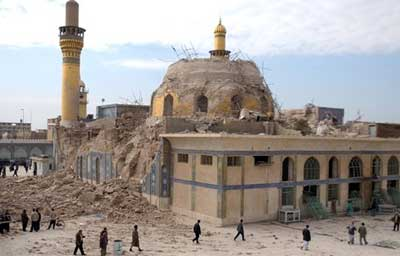 El santuario shií de Samarra después de la explosión