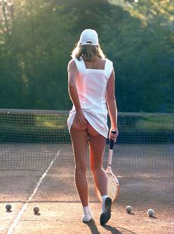 tennis-girl.jpg